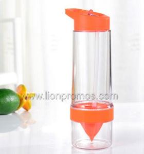 Tritan Material BPA Free Lemon Juice Infuser Water Bottle pictures & photos