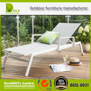 2017 New Design Outdoor Garden Patio Furniture Textilene Sun Lounger & Chaise Lounge pictures & photos