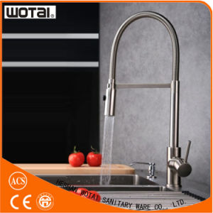 Zinc Alloy Single Handle Pull out Kitchen Sink Mixer Tap pictures & photos