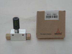 Deutz Engine Parts for Used Deutz Engine Fuel Pump 02111961 pictures & photos
