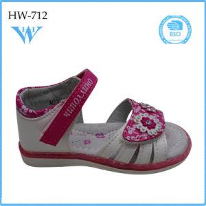Cheap Latest Fashion Kid Shoe Wholesale Girl Sandal Wholesale pictures & photos
