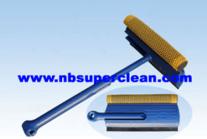 High Quality 2 in 1 Plastic Car Window Squeegee with Rubber and Sponge (CN1701) pictures & photos