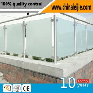 Modern Design Stainless Steel Glass Balcony Fence Post Glass Handrail Pillar pictures & photos