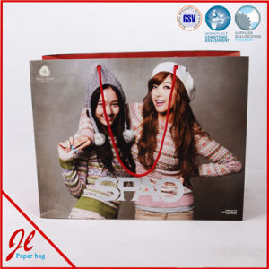 Fashion Wrapping Shopping Gift Packing Paper Bag with String pictures & photos