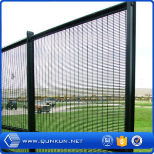 China Professional Fence Factory Anti-Climb High Security Wire Fencing on Sale pictures & photos