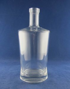 Glass Bottle, Water Glass Bottle pictures & photos