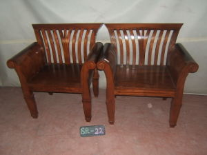 Solid Wooden Armchair (EU-18)