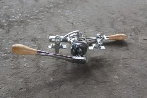 Hand Operated Tooth Setter Machine for Setting Width of Sawblade pictures & photos
