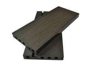 Green Natual Material Outdoor WPC Flooring/WPC Decking pictures & photos