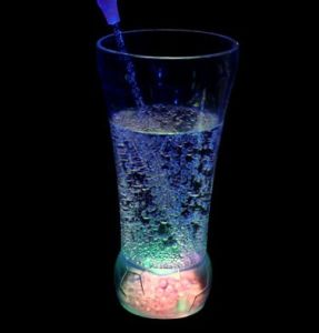 Colorful Flashing Ice Cup Ball Glass /Soccer Cup