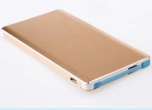 Multi-Color Metal Credit Card 5000mAh Power Bank with Lightning Adatper (OM-PW198) pictures & photos