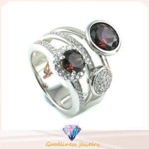 China Factory Price Wholesale Fashion Jewelry 925 Silver Color CZ Jewelry Ring (R10340) pictures & photos