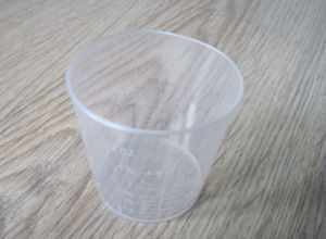 Transparent Plastic Measuring Cup Fro Medical Use pictures & photos