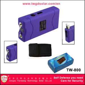 Small ABS Flashlight Taser with Shocking Stun Guns pictures & photos