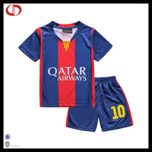 Custom Polyester Kids Soccer Uniform Set pictures & photos