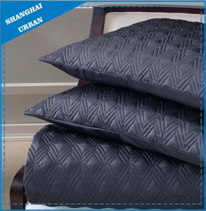 Dark Indigo Solid Polyester Quilted Bedspread Set pictures & photos