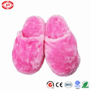 Warm Pink Soft Plush Stuffed Girl Gift Household Slippers pictures & photos