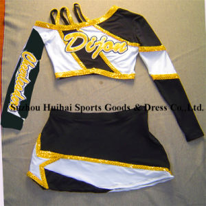2017 Dancing Uniform, Cheer Uniforms, Cheer Costumes pictures & photos
