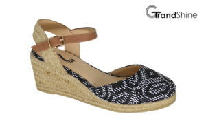 Women′s Raffia Espadrille Wedge Sandals pictures & photos
