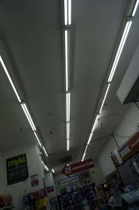 China Manufacture 2015 New 2835SMD 0.6m/1.2m/1.5m LED Tube with CE RoHS UL pictures & photos