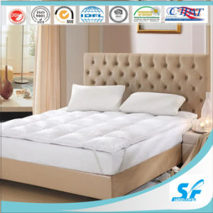 233tc Cotton Feather Mattress Topper for Hotel pictures & photos