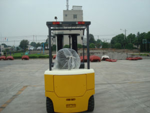 4ton Free Mast Lifting Height AC Powered Electric Forklift pictures & photos