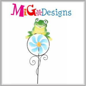 Garden Powered Frog Decorative Wind Spinner Stake pictures & photos