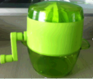 New Design Plastic Hand Operated Juicer pictures & photos
