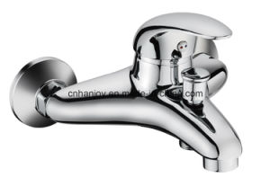 Big Body Wall Mounted Single Handle Brass Bathtub Faucet (H06-102) pictures & photos