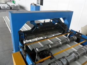 Hydraulic Cold Rolled Wall Roof Roll Forming Machine pictures & photos