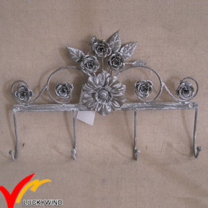 Flower Shape Vintage Metal Wall Coat Hooks pictures & photos