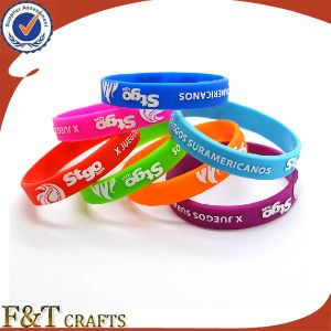 Promotional High Quality Soft PVC Silicon Bracelet/Wristband pictures & photos