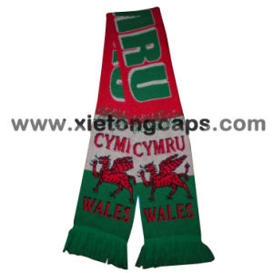 Fashion Style Football Fans Knitted Scarf (JRI097) pictures & photos