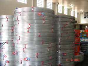 Galvanized Oval Fence Wire 2.4X3.0mm pictures & photos