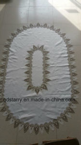 Oval Lace Embroidery Table Cloth pictures & photos