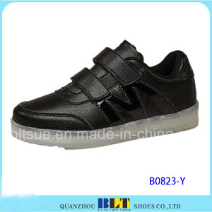New Product Children Shoes Casual LED Shoes pictures & photos