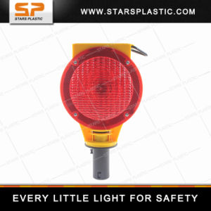 LED Solar Warning Traffic Barricade Light for Traffic Cone pictures & photos