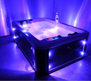 China 2015 High Quality Hot Tub SPA Bathroom Bathtub With