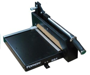 Torch HS1 PCB Cutting Machine with Low Price pictures & photos