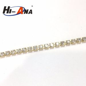 Team Race and Club Top Quality Roll Rhinestone Chain pictures & photos