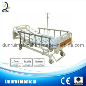 Foshan Supplier Three Functions Electric Hospital Bed (DR-A539-1)