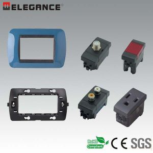 Factory Supply Italian 4 Module Wall Switch and Socket pictures & photos
