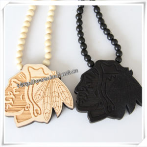 Fashion Portrait Shape Pendant with Wood Beads Chain Hip Hop Necklace (IO-wn033) pictures & photos