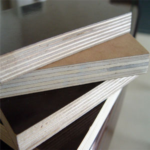 Black Film Faced Plywood/Used for Concrete Formwork pictures & photos