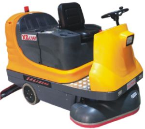 Ride-on Cleaning Machine