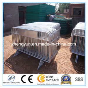 Used Crowd Control Barrier Fence /Barricades Temporary Fence for Sale pictures & photos