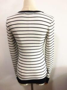 Women Fashion Garment Round Neck Long Sleeve Strip T-Shirt pictures & photos