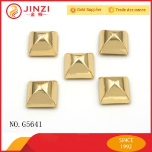 Metal Pyramid Rivets and Studs for Garments pictures & photos