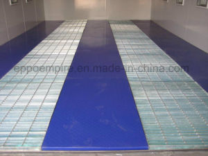 Environmental Car Spray Booth/ Empire Auto Paint Booth with Ce pictures & photos