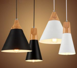 Modern Aluminum Pendant Lamp with Wood Deco. (WHP-883) pictures & photos